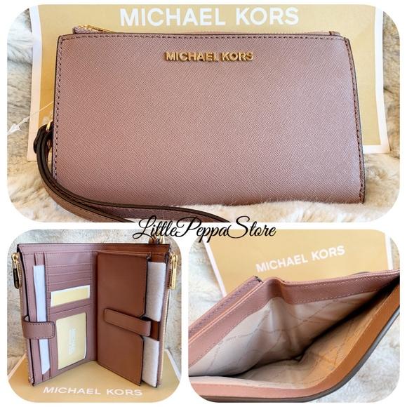 a7fb71c4f366 MICHAEL KORS Bags | Dusty Rose Double Zip Wallet Wristlet | Poshmark